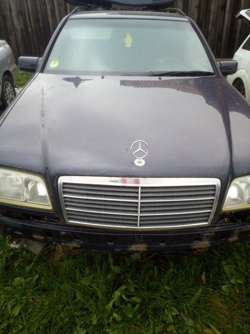 Tripla spate Mercedes c class