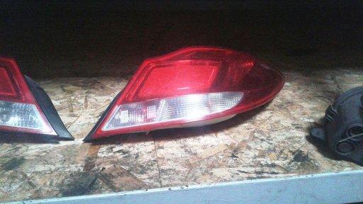 Tripla, stop dreapta spate Opel Insignia - 2008 - hatchback