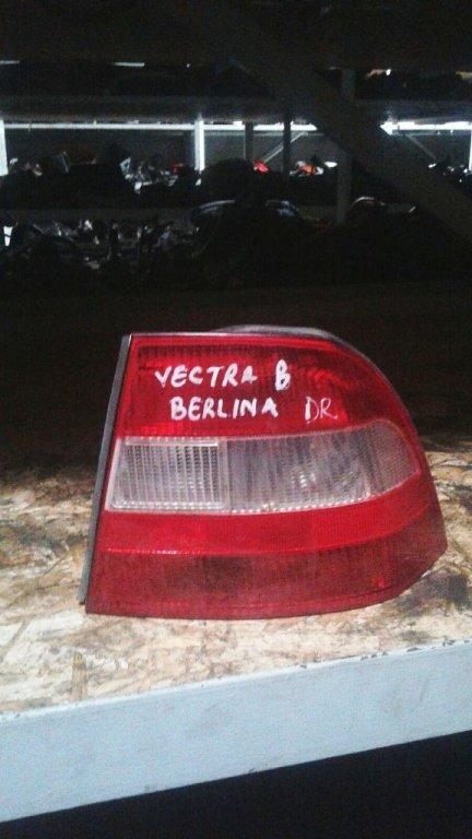 Tripla, stop Opel Vectra B - berlina - 2000
