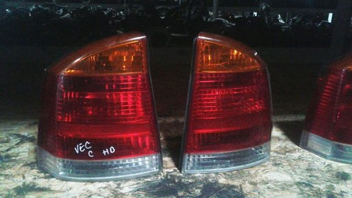 Tripla, stop stanga spate Opel Vectra C - 2006