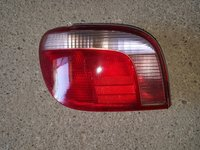 Tripla stop stanga Toyota Yaris 2004