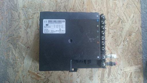 Unitatea de control a sistemului electric MERCEDES W221 A2215400401