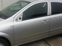 Usa dreapta si stanga spate Opel Astra H hatchback