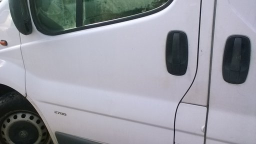 Usa Fata Stanga Opel Vivaro 2004