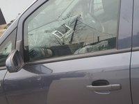 Usa fata stanga Opel Zafira 2008 cod culoare z168