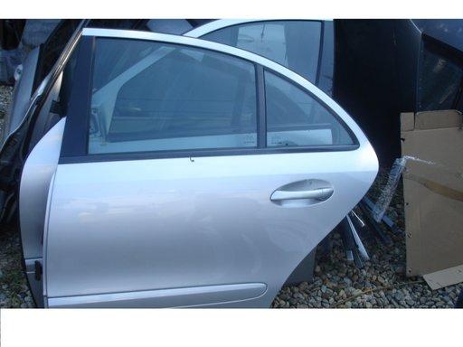 Usa spate stanga dreapta mercedes e class w211 an 2004