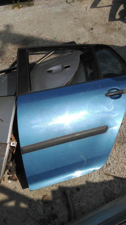 Usa stanga spate VW Golf 5