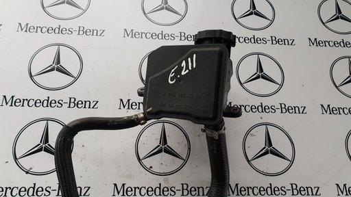 Vas lichid ulei servo Mercedes S 320 W 221 cod A0004602283