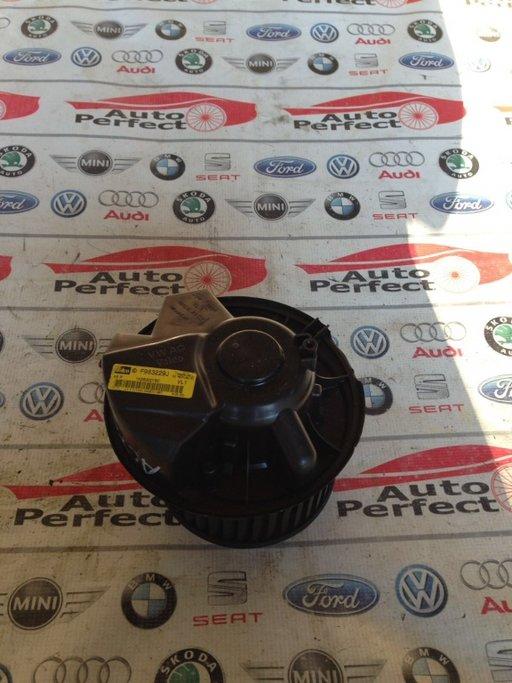 Ventilator dublu climatronic 1K2820015C Seat Altea