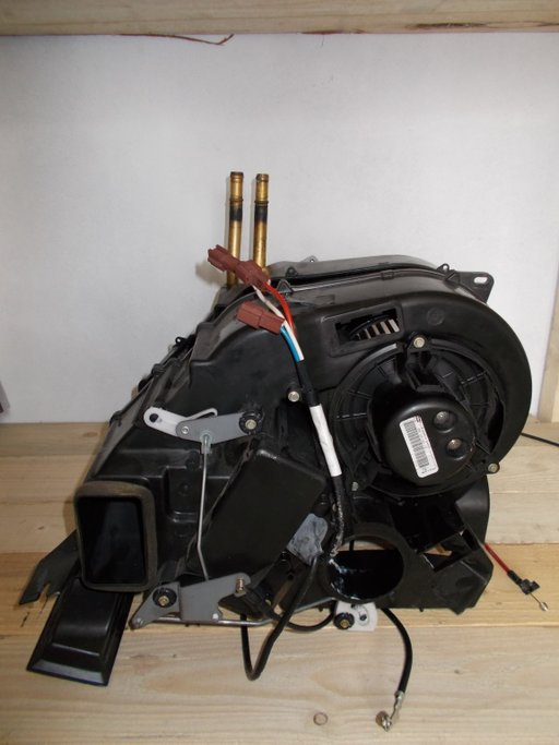 Ventilator habitaclu volan dreapta Land Rover Freelander