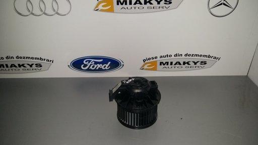 Ventilator(motoras) aeroterma Ford Fiesta 2009-2014 cod-013115551