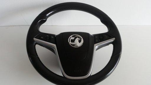 Volan complet cu comenzi Opel Insignia