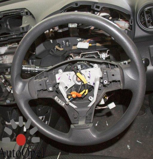 Volan Toyota Rav 4 2007