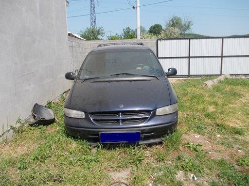 Volanta Chrysler Voyager 1997 Hatchback 2.5 Turbodiesel