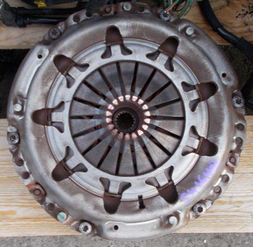 Volanta + placa + disc Citroen C4, 1.6 HDI, cod motor 9HX, din 2006