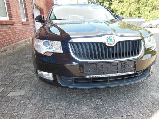 Volanta Skoda Superb 2010 berlina 2,0 tdi 140cp