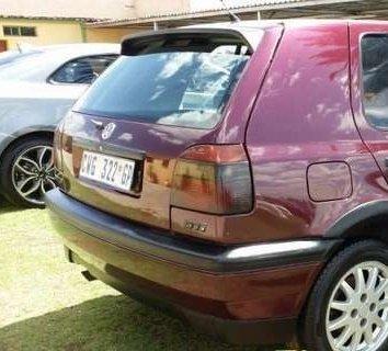Volkswagen Golf 1.8 din 1995 dezmembrez
