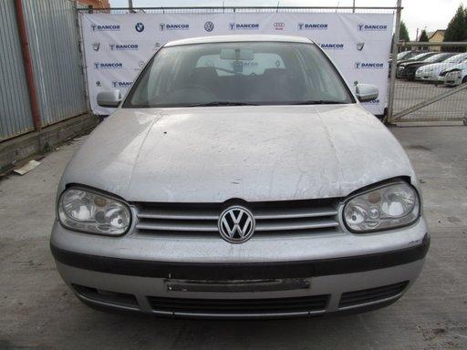 Volkswagen Golf IV din 2000