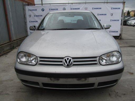 Volkswagen Golf IV din 2002