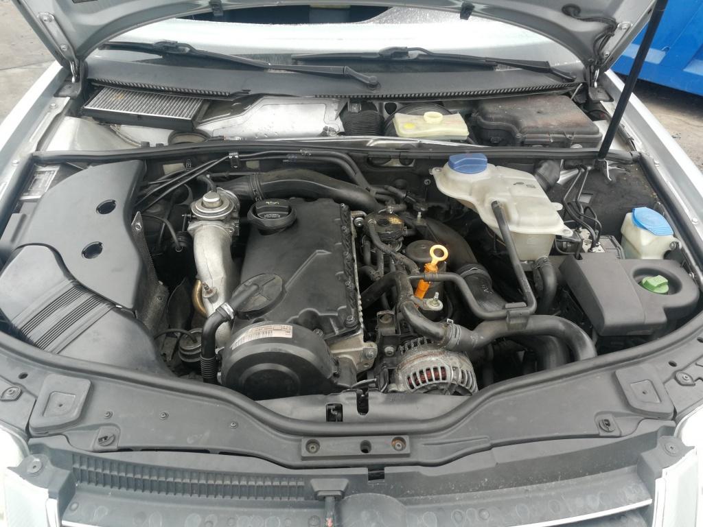 Volkswagen Passat B5.5 an 2003 motor 1.9tdi tip AVB