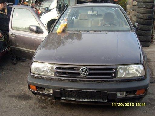 Volkswagen Vento din 1992-1998, 1.6 b