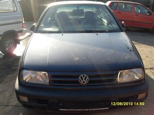 Volkswagen Vento din 1992-1998, 1.8 b