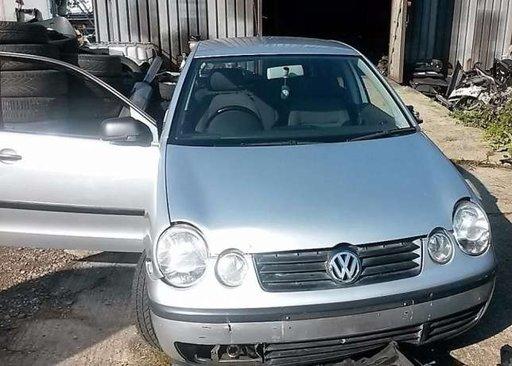 VW Polo 9n2 1.4 Mpi af 2002.