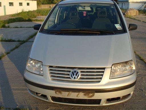 VW SHARAN 1.9 TDI AN 2003